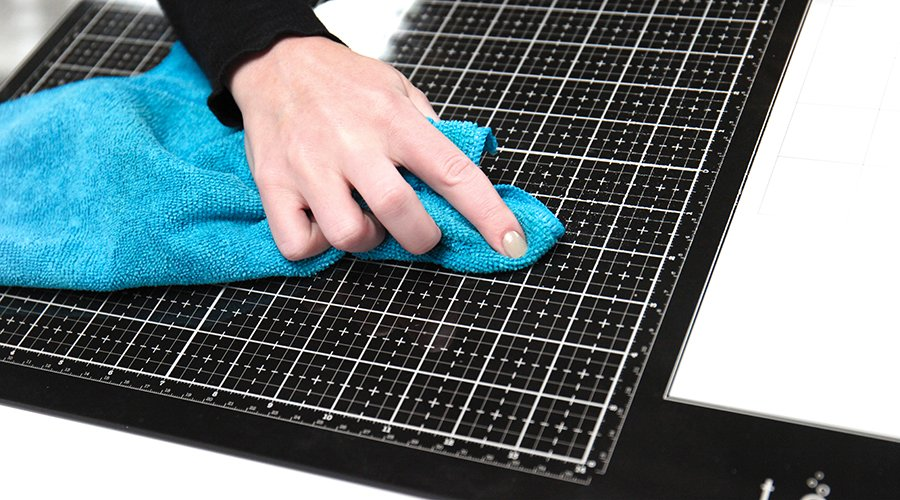 Cleaning Glass Media Mat