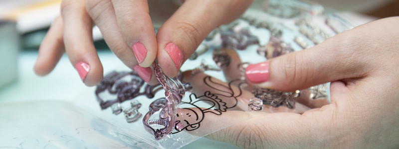 5 Things You Need to Know Before You Buy Acrylic Stamps