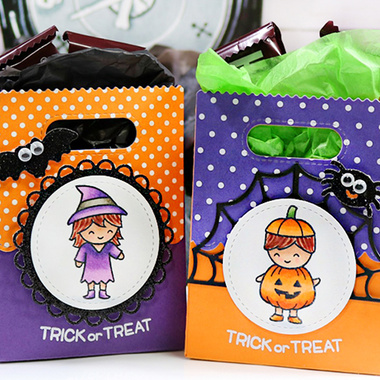 How-To | Halloween Goodie Bags