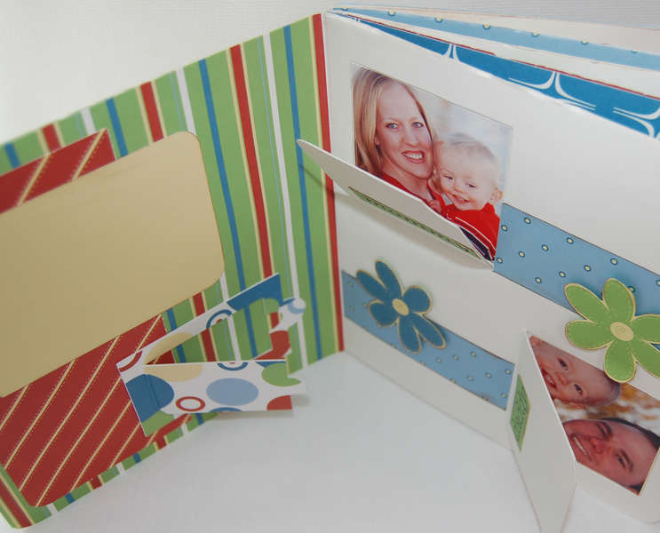 PiggyTales Hide & Seek Flap Album/Book (Inside Pages)