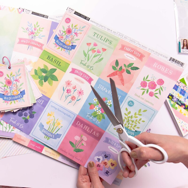 Essential Ingredients for Killer Mini Albums with Paige Evans   the Exclusive Mini Class from Scrapbook.com