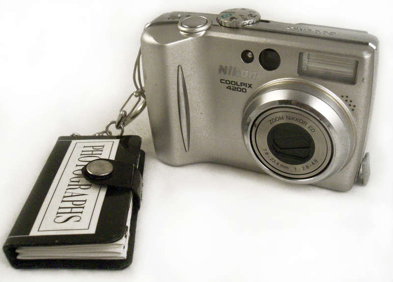 "Accordion Keychain Album ""Photographer Tips"""