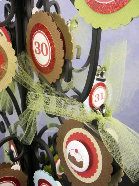 Holiday Countdown Tree (Christmas Version) - ornament insert, close up