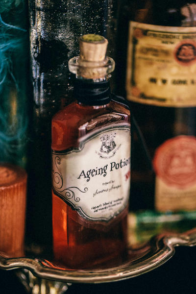 DIY Harry Potter Potions for Halloween: Ageing Potion