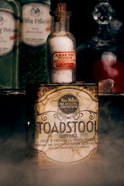 DIY Harry Potter Potions for Halloween: Toadstool/Arsenic