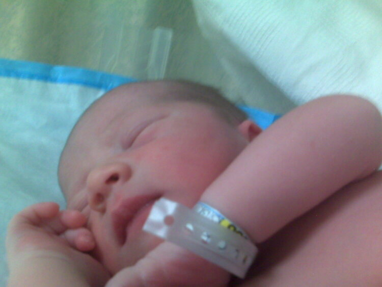 TYLER OWEN!!! {Ana1109 new baby}
