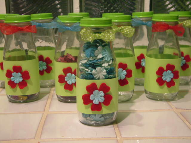 ~*~ Altered coffee bottles for my Prima flowers*~*