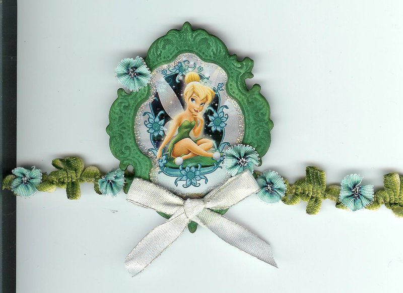 Tinkerbell medallion / border