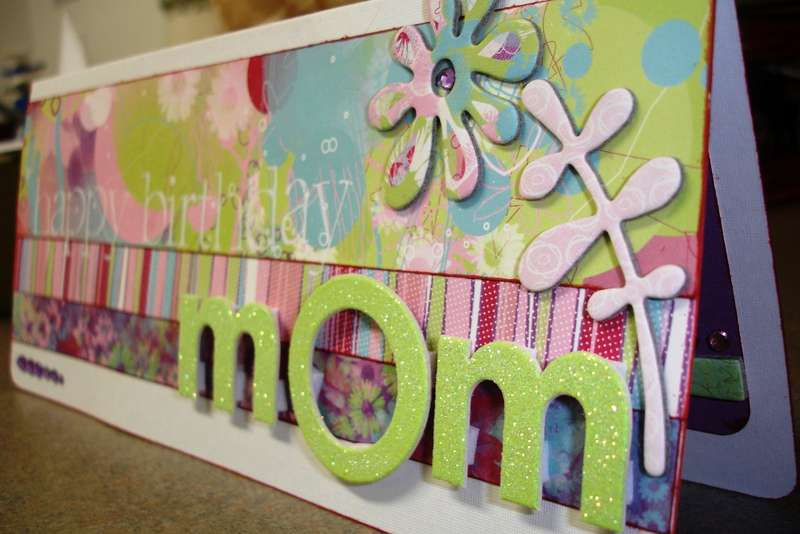 Side view of Happy Birthday Mom Card