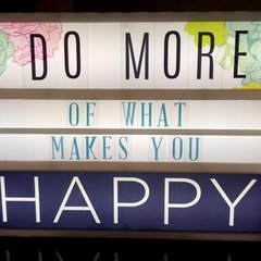 Do More of What Makes You Happy **Heidi Swapp Lightbox