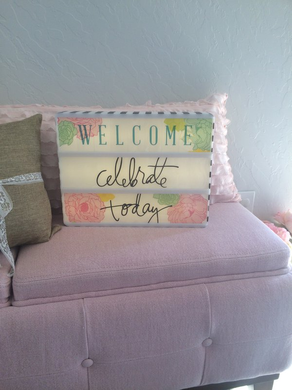I Spy my Heidi Swapp Lightbox at my friend's house as part of her new Spring Decor