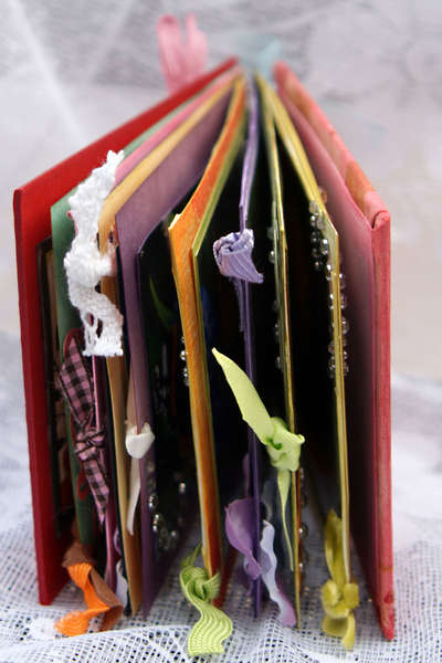 Butterflies Mini Book - Side view