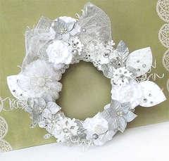 {Winter Wreath} *Prima*