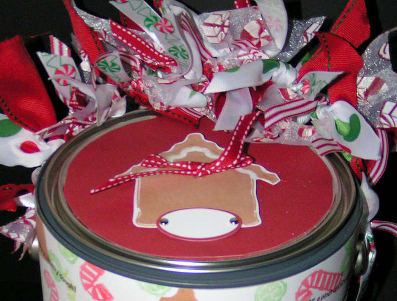 Gingerbread House Paint Can Lid