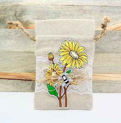 Linen & Lace Daisies Bag