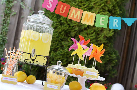 Summer Lemonade Party by Lisa Storms