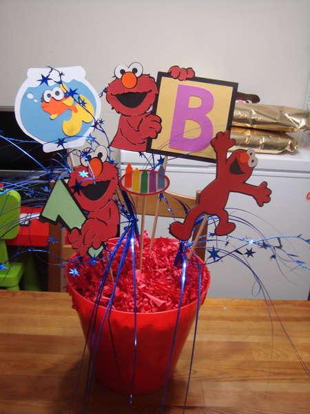 elmo birthday bucket