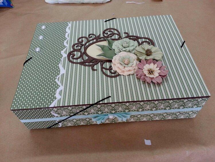 Magazine Box - Flowers