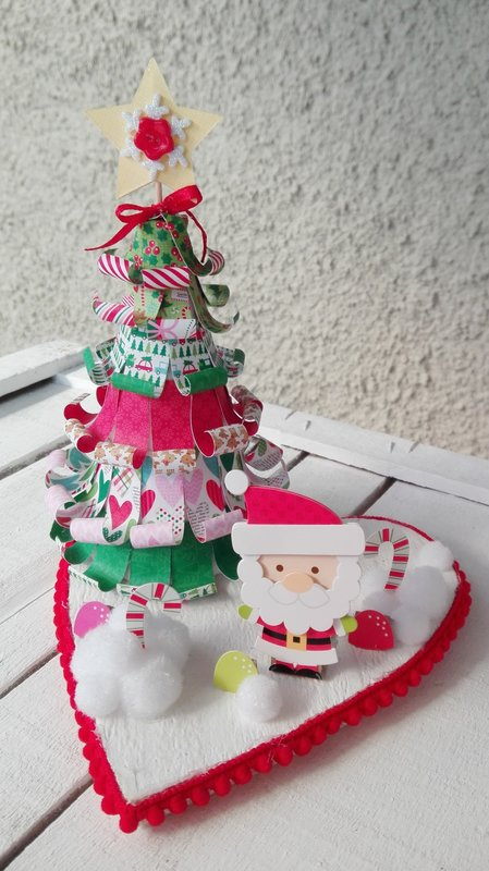 CANDYLAND CHRISTMAS CENTERPIECE
