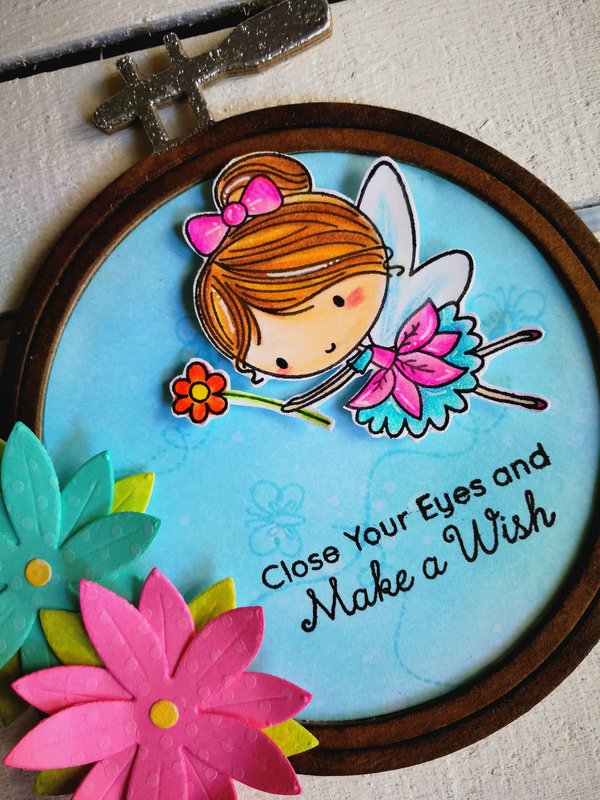 "A ""FAIRY EMBROIDERY HOOP"" HOME DECOR"