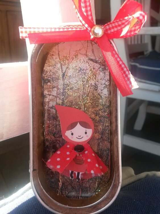little red riding hood shadow box