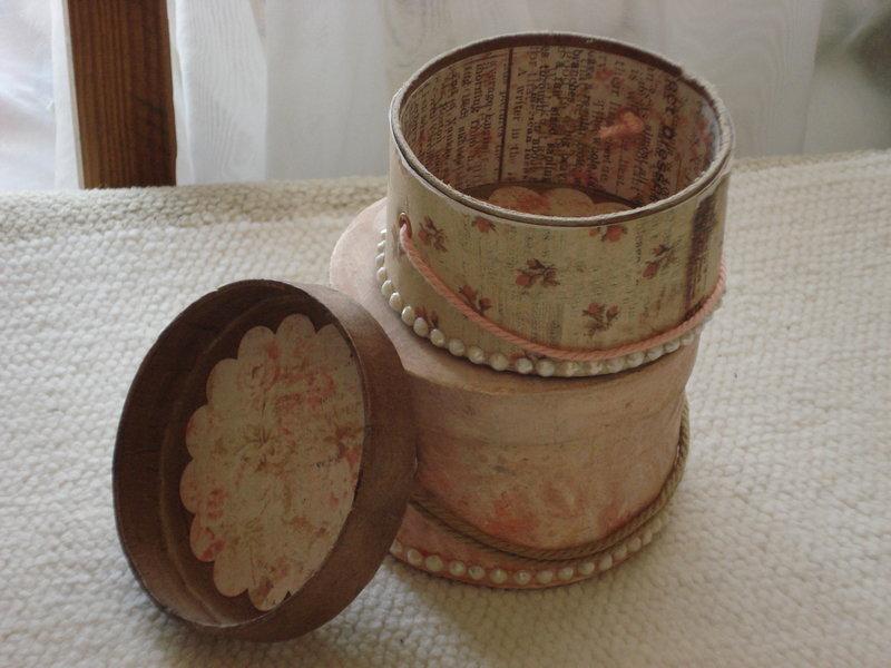 Vintage Hatboxes Gift Box