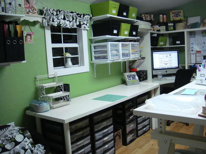 SCRAPBOOK ROOM-BETTER VIEW OF THE LEFT SIDE OF ROOM