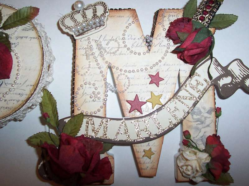 Detailed Pic of letter plaque