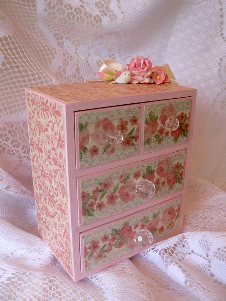 Small Shabby Chic Dresser