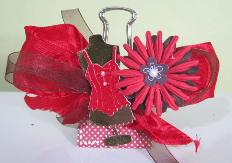 Altered Binder Clip Swap/Fashion Group