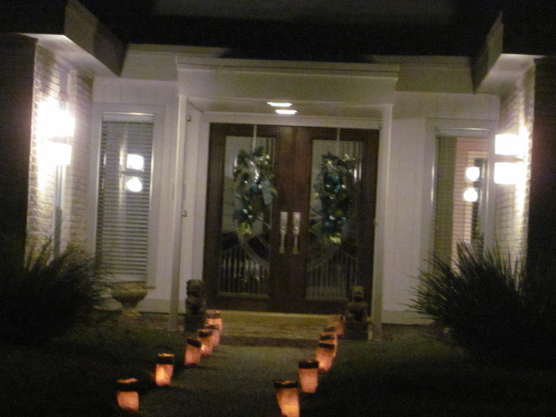 Christmas Eve luminaries