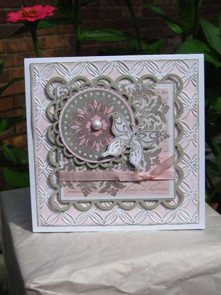 Pink and gray medallion
