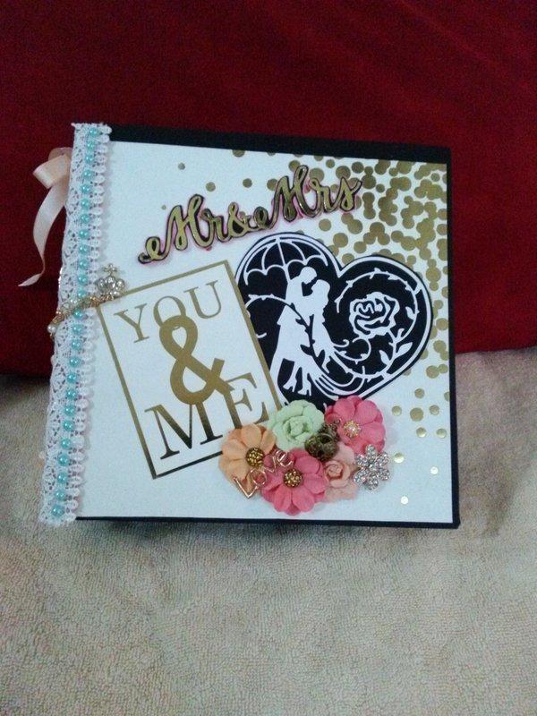 gold and white wedding album