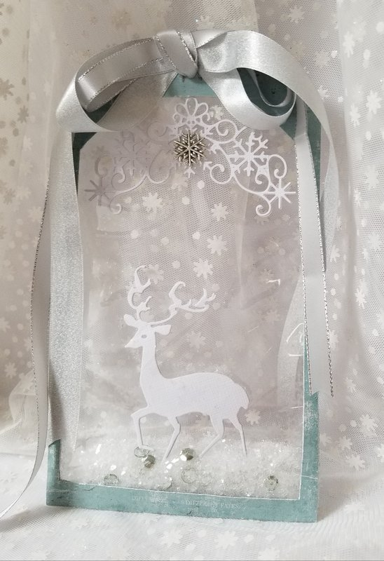 Christmas Shaker ~Tag Ornament ~