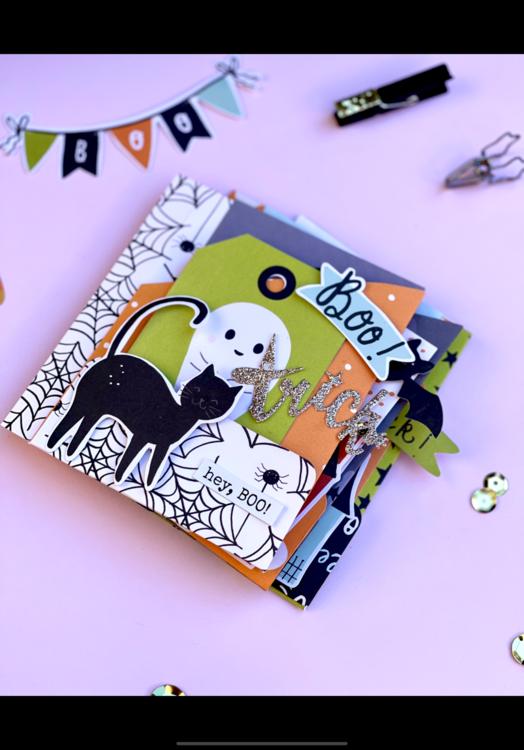Spooky Halloween Mini Album 6x8 Papers