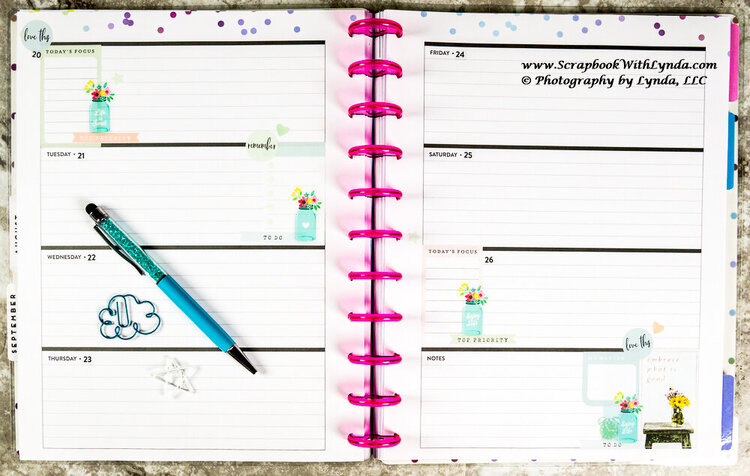Pretty and Simple Planner Spread