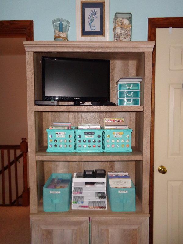 Better Homes & Gardens Bookshelf