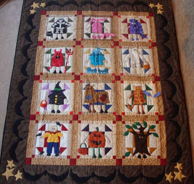 Ghosts & Ghoulies Quilt