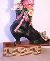 Victorian Boot Decor. Flowers, Lace Ribbons and More on Secret Box!
