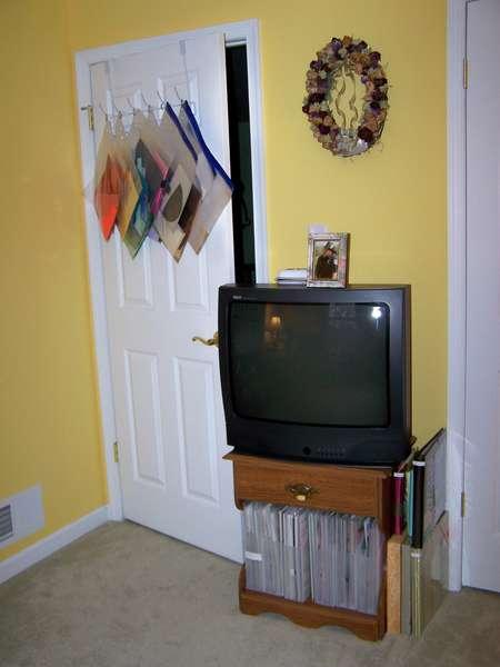 Scraproom Re-org - Photo 6