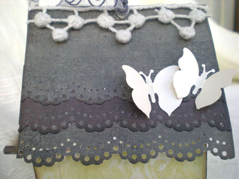 A little birdhouse