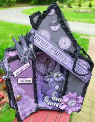 3-d halloween tag/ Front