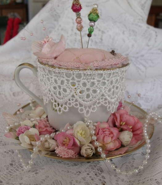 Tea-cup Pin cushhion