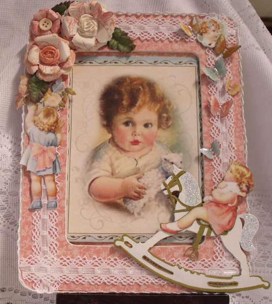 Little Darlings, Picture frame