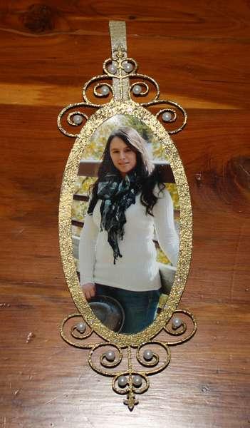 Val's Senior Picture Hanger