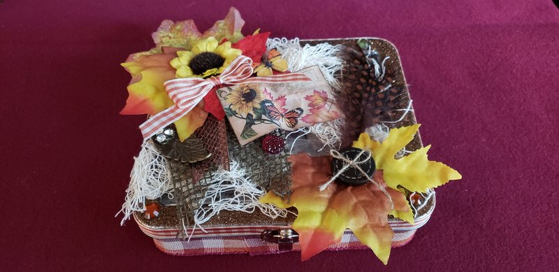 Completed Mixed Media swap using Tim Holtz Marker tin For Cheryl (CDJohnson)