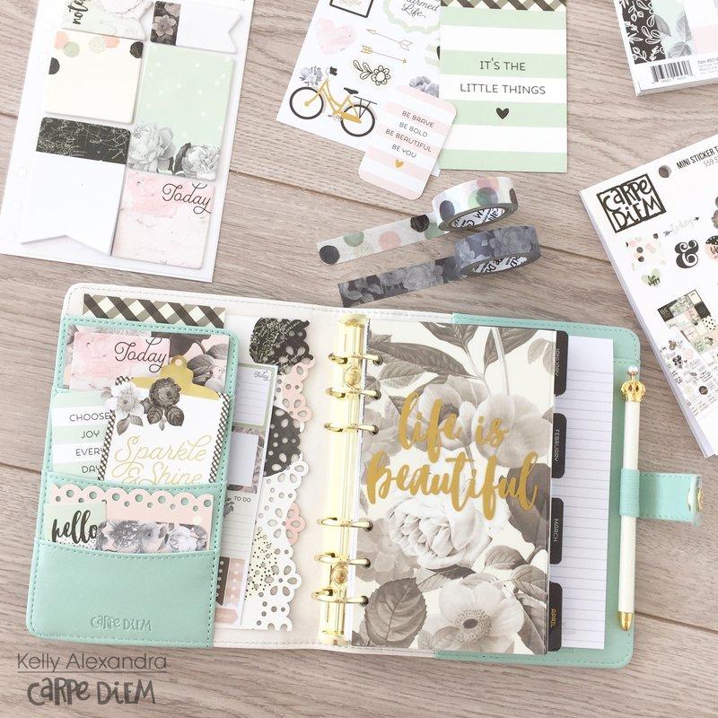 Setup of the mint floral personal carpe diem planner