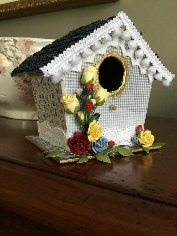 Altered birdhouse for Alvie