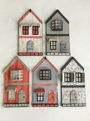 5 little house tags