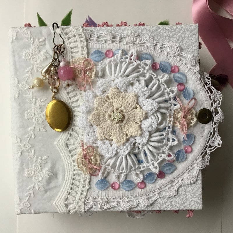 Lace Journal